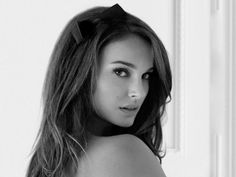 Natalie Portman.  Knockout!  Love her in movies like Where The Heart Is