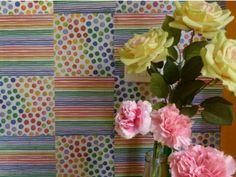 Deixe sua casa mais colorida e criativa, e o melhor: gastando pouco e reutilizando aquilo que você não usa mais. A designer de interiores Erika Karpuk ensina em seu canal do Youtube como dar uma nova função para o guardanapo e transformá-lo em papel de parede.