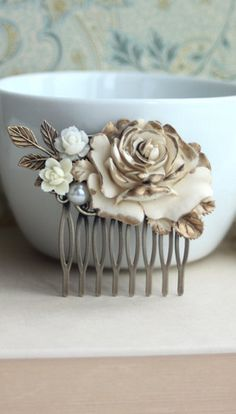 Shabby Antiqued Ivory Gold Rose Hair Comb. Cream Rose Gold, Leaf, Pearl Hair Comb.