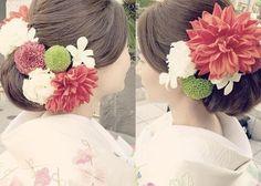 和装に合わせたい髪型はこれ!ほっこり可愛いやまとなでしこ風ヘアアレンジカタログ♡ Graduation Hairstyles, Bride Hairstyles, Geisha, Crotchet Braids, Wedding Kimono, Japanese Wedding, Hairdo Wedding, Hair Arrange, Hair Setting