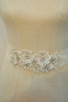 NWwedding.Swarovski Crystal,White Flower Bridal Ribbon, Handmade Wedding Belt, Bridal Belt, Sash Belt - Mel?