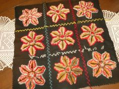 Antique-1900s-AMISH-STUMPWORK-STARS-Pillow-Top-Red-Black-Authentic-Lanc-Co-PA