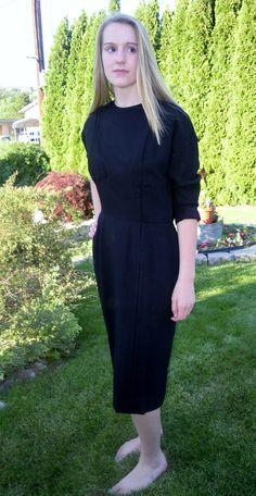 Vintage wool dress wiggle dress 40s 50s black Pencil Skirt mad men Marilyn size medium