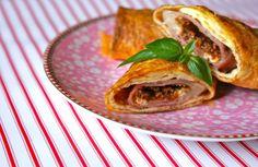 Lækre LCHF ostepakker med seranoskinke og pesto. Perfekte til madpakken og brunchen.