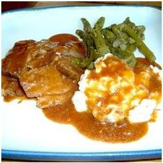 **Would NOT remake** Slow Cooker London Broil - As good as it gets with London Broil. Not too bad but I've learned never to buy London Broil again! Crockpot Dishes, Crock Pot Slow Cooker, Crock Pot Cooking, Slow Cooker Recipes, Crockpot Recipes, Cooking Recipes, Beef Dishes, Yummy Recipes, Crock Pots