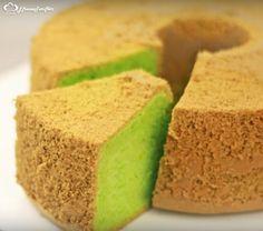 optical result of chiffon cake - World Cuisine Sweet Cookies, Cake Cookies, Cupcake Cakes, Cake Recipe Using Buttermilk, Pasta Cake, Foundant, Salty Foods, Chiffon Cake, Turkish Recipes