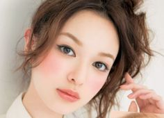 Fresh and cute Japanese makeup idea