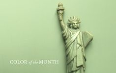 We found our January Green on a Statue of Liberty souvenir. We admired its old-fashion qualities.
