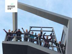 Und natürlich werfen sich die Kölner Freiluft-Action-Künstler auch in den Kampf um das beste Outdoor Gym Gruppenbild ... Respekt! #outdoorgym #odg #gruppenbildchallenge #instagram #myoutdoorgym #köln #odgköln Challenge, Fair Grounds, Travel, Outdoor, Instagram, Group Pictures, Respect, Business, Outdoors