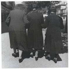 'Three Women' [1951 Louis Stettner].
