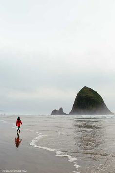 Haystack Rock, Cannon Beach + Your Ultimate Guide to Driving the Oregon Coast // localadventurer.com