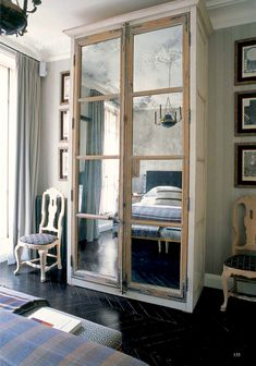 Isabel López-Quesada - Parisian Apartment-Paris Pied-à-Terre- Antique mirror doors in the bedroom wardrobe- Via Habituallychic/World of Interiors Paris Apartment Decor, Paris Rooms, Apartment Living, English Country Decor, French Country Decorating, Country Style, Isabel Lopez, Cabin Interiors, Beach Cottage Decor