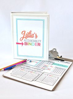 Printable Mini Accountability Binder - perfect for junior high, high school and college students  |  Thirty Handmade Days