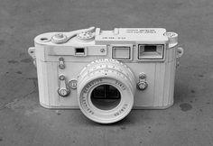 Câmera fotográfica papelão