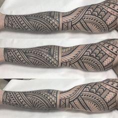 Hawaiian Tribal Tattoos, Samoan Tribal Tattoos, Tribal Sleeve Tattoos, Geometric Tattoo Arm, Polynesian Tattoo Designs, Maori Tattoo Designs, Tattoo Maori, Thai Tattoo, Forarm Tattoos