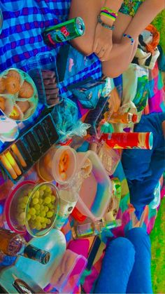 Picnic Date Food, Picnic Foods, Picnic Birthday, 17th Birthday, Aesthetic Indie, Aesthetic Food, Comida Picnic, Picnic Pictures, Photographie Indie