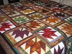 Risultato immagini per log cabin patchwork patterns Quilting Tutorials, Quilting Projects, Quilting Designs, Mccall's Quilting, Quilting Ideas, Quilting Board, Sewing Projects, Primitive Quilts, Halloween Quilts