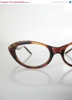 Vintage 1960s Cat Eye Glasses by OliverandAlexa, $87.00