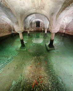 Flooded Crypt of San Francesco – Ravenna, Italy - Atlas Obscura
