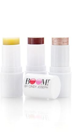 """""""Firstly, I gave my Boomstick Trio a first try today! It looks amazing!  My friend said that I looked like I had woken up and scrubbed my face with Ivory soap. And this was after a 14 hour day!  Secondly, it is so easy to apply!  From start to finish was perhaps 10 minutes.  Needless to say, I'm absolutely delighted."""" -- Kathleen"""