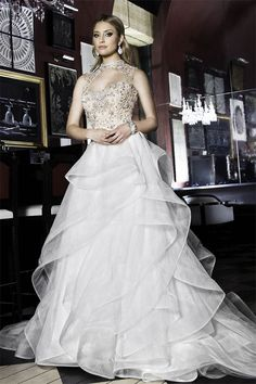Majestic Ball Gowns Fit for a Princess at a Winter Wedding - Creative and Fun Wedding Ideas Made Simple Most Expensive Wedding Dress, Bridal Gowns, Wedding Gowns, American Dress, Couture Accessories, Long Sleeve Wedding, Wedding Expenses, Princess Wedding, Bridal Collection