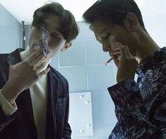 Hot Guys Smoking, Man Smoking, Smoking Kills, Cigarette Aesthetic, Film Aesthetic, Hot Asian Men, Asian Boys, Human Poses Reference, Boy Best Friend