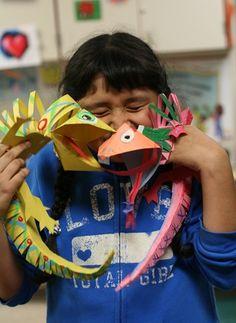 Paper Lizards craft - Pop off the wall and bend just like a lizard! Super easy too School Art Projects, Projects For Kids, Art School, Crafts For Kids, Jungle Art Projects, High School, Summer Crafts, Cameleon Art, 3rd Grade Art