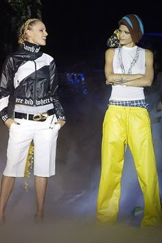 See the complete L.A.M.B. Spring 2006 Ready-to-Wear collection.