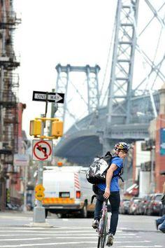 Bike Messenger, Urban Cycling, Cycle 3, Street Bikes, Aesthetic Fashion, Road Bike, Bmx, Biking, Bicycle