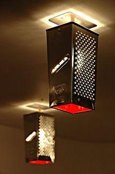 reciclar-ralladores-en-lamparas