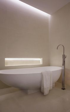 Contemporary Modern Interior Bathroom Design Feature White Wall Color Painting by SAOTA & ARRCC