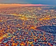 Imagen aerea nocturna de Estambul , Turquia . . . @swami1951