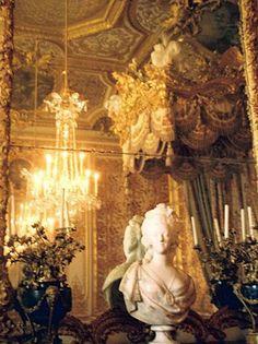 ♔ Marie Antoinette's bedroom ~ Masquerade Au Chateâu ~ Rosamaria G Frangini