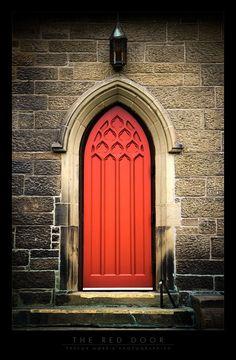 Love gothic doors!