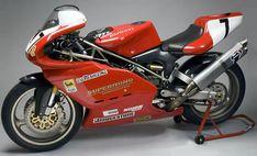 Robert Holden's TT winning Ducati Supermono.