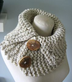 Bulky knit neck warmer