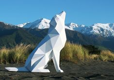 """New Zealand-based artist Ben Foster creates incredible low polygon-like sculptures of animals.  """"My works are a culmination of the natural and the manmade - a careful balance of form and motion.""""  - Ben Foster  More low polygon art via Airows"""