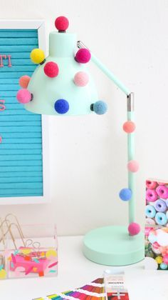 A Kailo Chic Life: DIY It - A Quick and Simple Pom Pom Desk Lamp