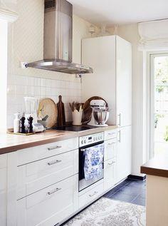 Küche #küche #kitchen #dekoration #interior #einrichtung #decoration #landhausstil Foto: Röda Hus
