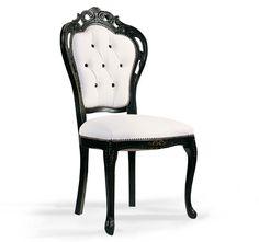 Classic beech wood armchair Traforata - Seven Sedie