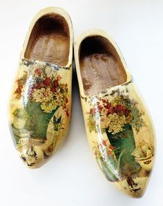 Decoupage Sneakers   decoupage shoes Dutch Wooden Shoes, Wooden Clogs, Painted Sneakers, Painted Shoes, Decoupage Shoes, Wooden Windmill, Decoupage Printables, Classic Outfits, Netherlands