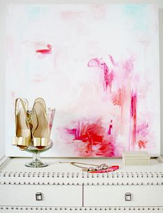 gold heels & pink painting #camillestyles