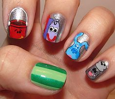 Blue's Clues nails! This made me think of Aidan when he was about 2yrs old and obsessed with Blue's Clues.