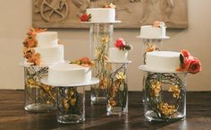 Love the idea of an unstacked cake! Have a pretty decoration for each cake and keep them clean during the cutting 2020 Wedding Cakes Ideas Wedding Cake Display, Diy Wedding Cake, Wedding Cake Stands, Wedding Table, Wedding Ideas, Wedding Venues, Wedding Inspiration, Glass Cylinder Vases, Cake Blog
