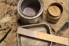 martha stewart-metallic-paint-tutorial-diy  Mix of gold and silver to make a metallic color in taupe