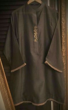Stylish Dresses For Girls, Stylish Dress Designs, Casual Dresses, Casual Wear, Simple Pakistani Dresses, Pakistani Dress Design, Pakistani Couture, Pakistani Fashion Party Wear, Pakistani Outfits