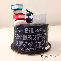 Kara tahta doğum günü pastası / Chalk writing birthday cake