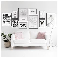 Find inspiration for creating a picture wall of posters and art prints. Endless inspiration for gallery walls and inspiring decor. Create a gallery wall with framed art from Desenio. Home Living Room, Living Room Decor, Living Spaces, Decor Room, Bedroom Decor, Wall Decor, Home Decor, Inspiration Wall, Bedroom Wall