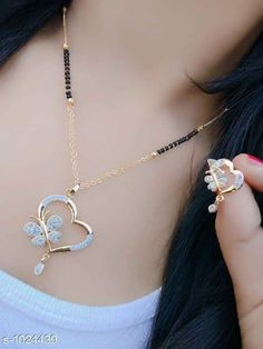 Heart Necklace Set with Chain, Earring. Charm Necklace Jewellery Hallmark Gold 916 Jewellery – Best Art images in 2019 Diamond Mangalsutra, Gold Mangalsutra Designs, Diamond Jewellery, Bridal Jewelry, Gold Jewelry, Women Jewelry, Glass Jewelry, Long Pearl Necklaces, Indian Jewelry