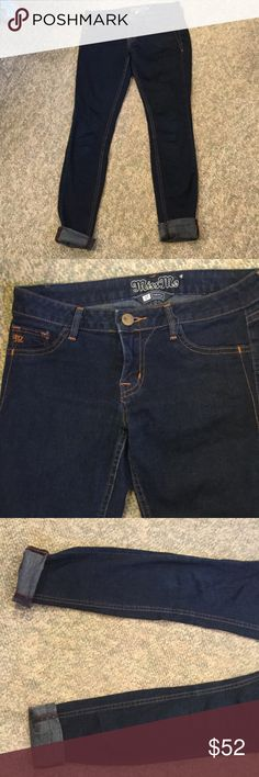 Miss Me Ashley Size 27 NWOT Stretch straight jeans..new without tags..cotton polyester blend Miss Me Jeans